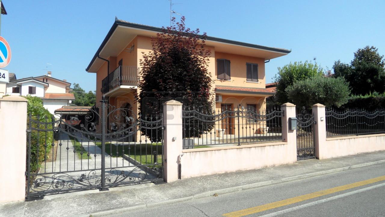 Villa a Schiera in Vendita a Castelbelforte