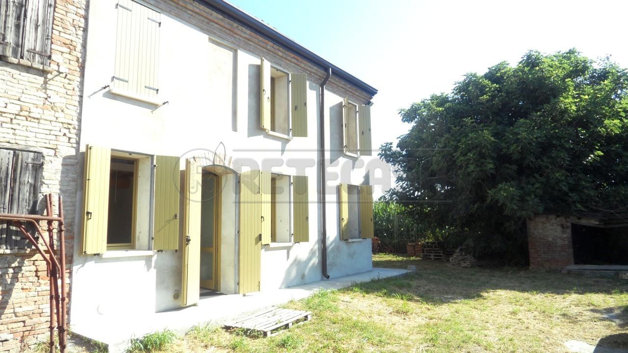 Soluzione Indipendente in vendita a Sustinente, 9999 locali, prezzo € 350.000 | Cambio Casa.it