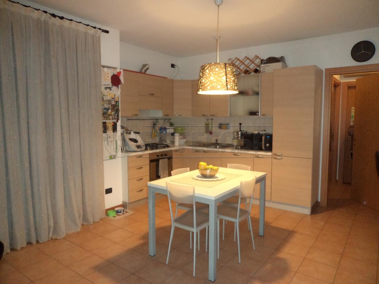Appartamento in vendita a Loreggia, 9999 locali, prezzo € 78.000   Cambio Casa.it
