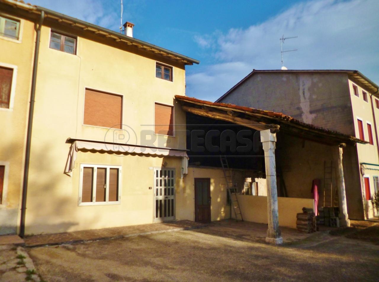 Rustico / Casale in vendita a Montorso Vicentino, 9999 locali, prezzo € 75.000 | Cambio Casa.it
