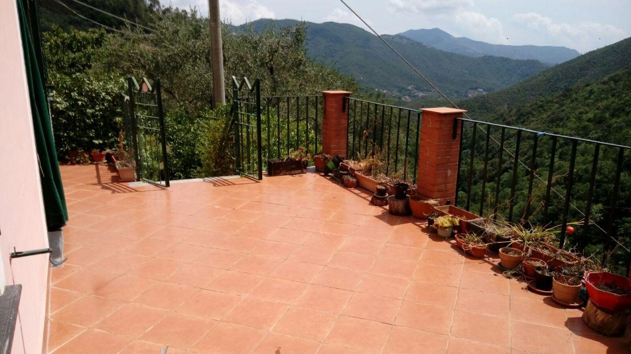 Soluzione Indipendente in vendita a Sestri Levante, 5 locali, prezzo € 99.000 | CambioCasa.it