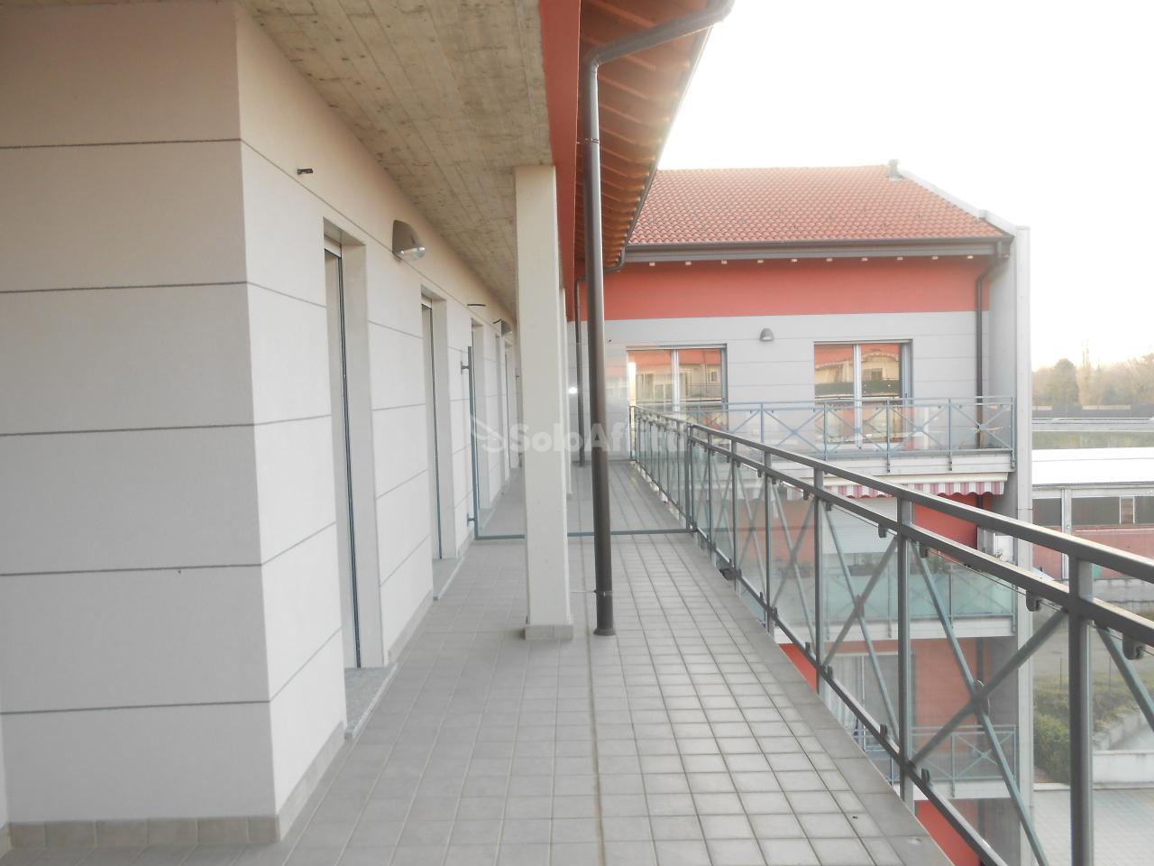 appartamenti e attici binasco affitto    erredi di domanico silvana d.i.