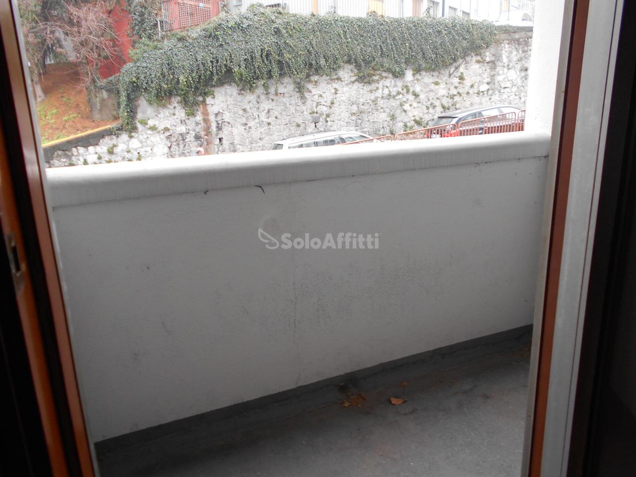 Bilocale Cantù Via Manzoni 6