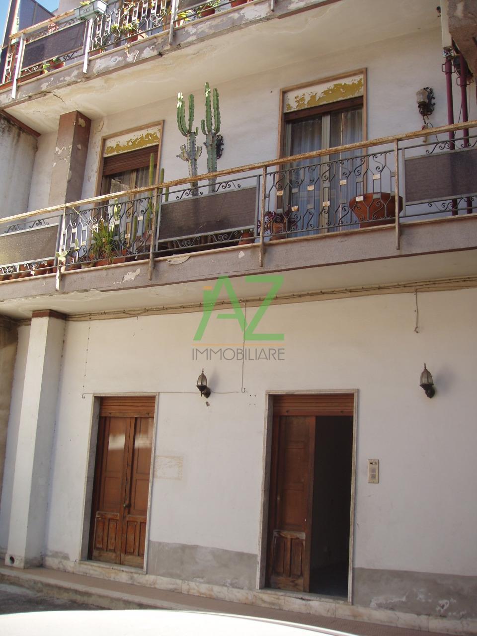 Soluzione Indipendente in vendita a Misterbianco, 4 locali, prezzo € 105.000 | Cambio Casa.it