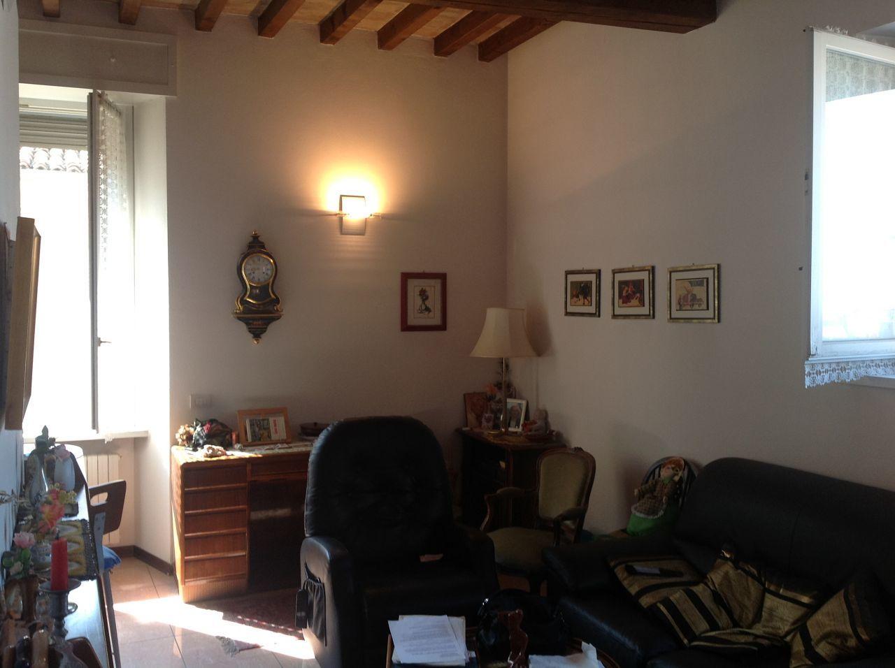 Bilocale Parma Via Petrarca 1