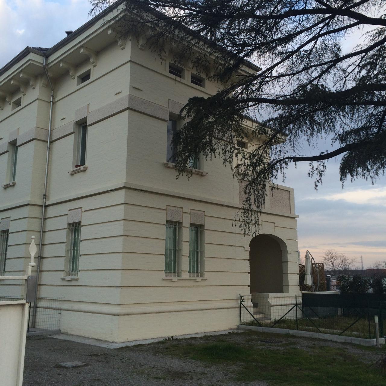 Bilocale Parma Via Langhirano 11