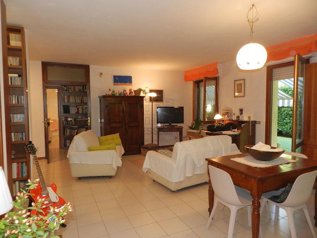 Appartamento Lucca Arancio IA02861 img 2