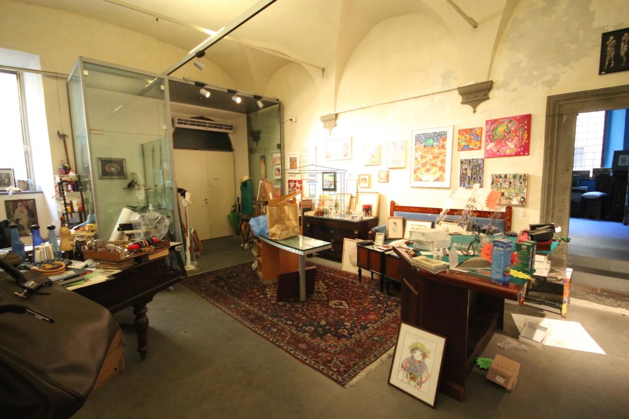 fondo commerciale Lucca Centro storico UF00472 img 4