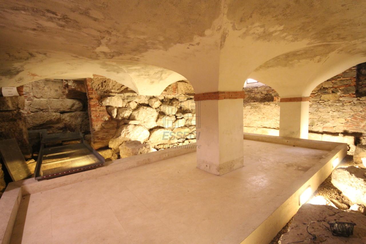 fondo commerciale Lucca Centro storico UF00472 img 7