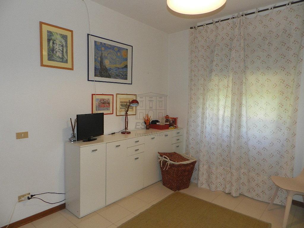 Appartamento Lucca Arancio IA02861 img 13