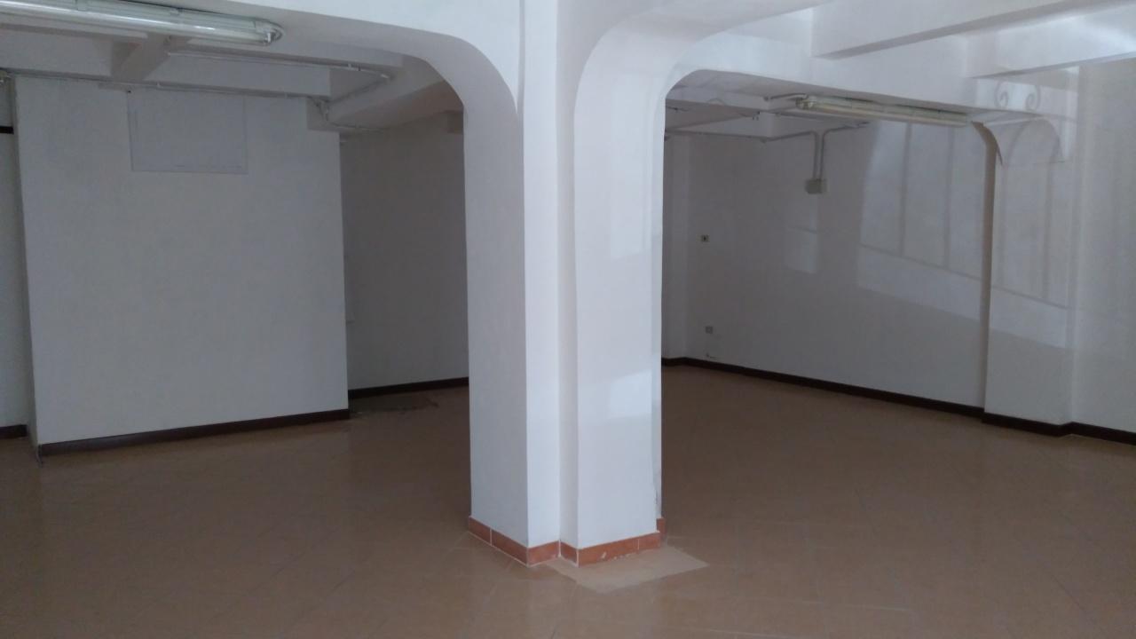 Magazzino in affitto a Reggio Calabria, 2 locali, prezzo € 600   CambioCasa.it