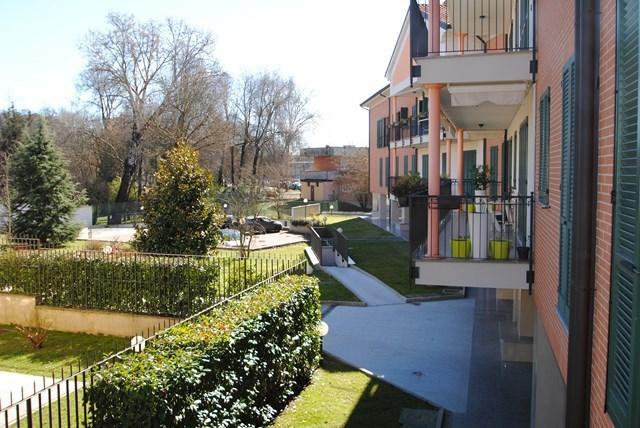 Appartamento in vendita a Pavia, 7 locali, prezzo € 515.000 | Cambio Casa.it