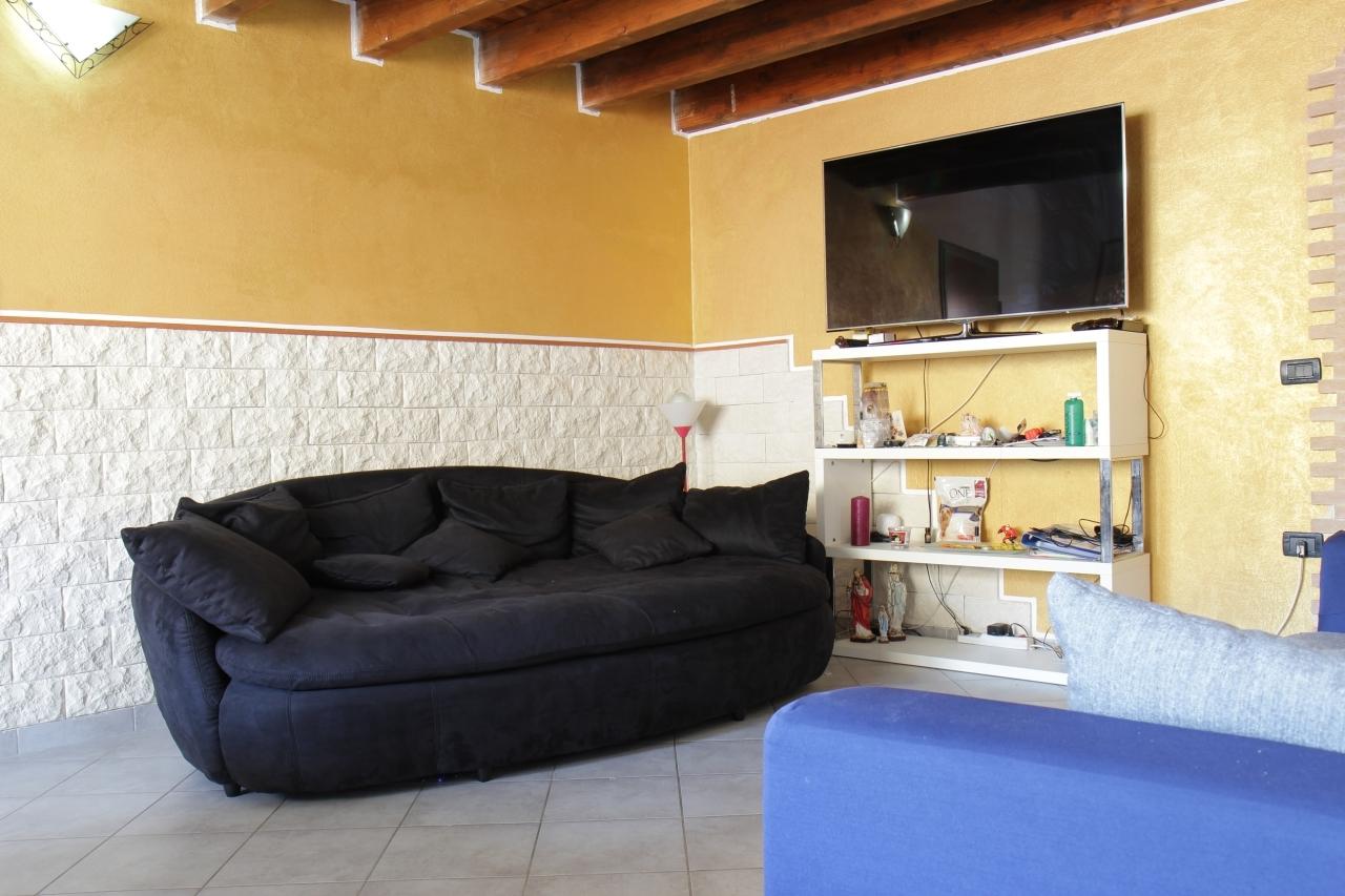 Appartamento in vendita a San Sperate, 4 locali, prezzo € 118.000 | Cambio Casa.it