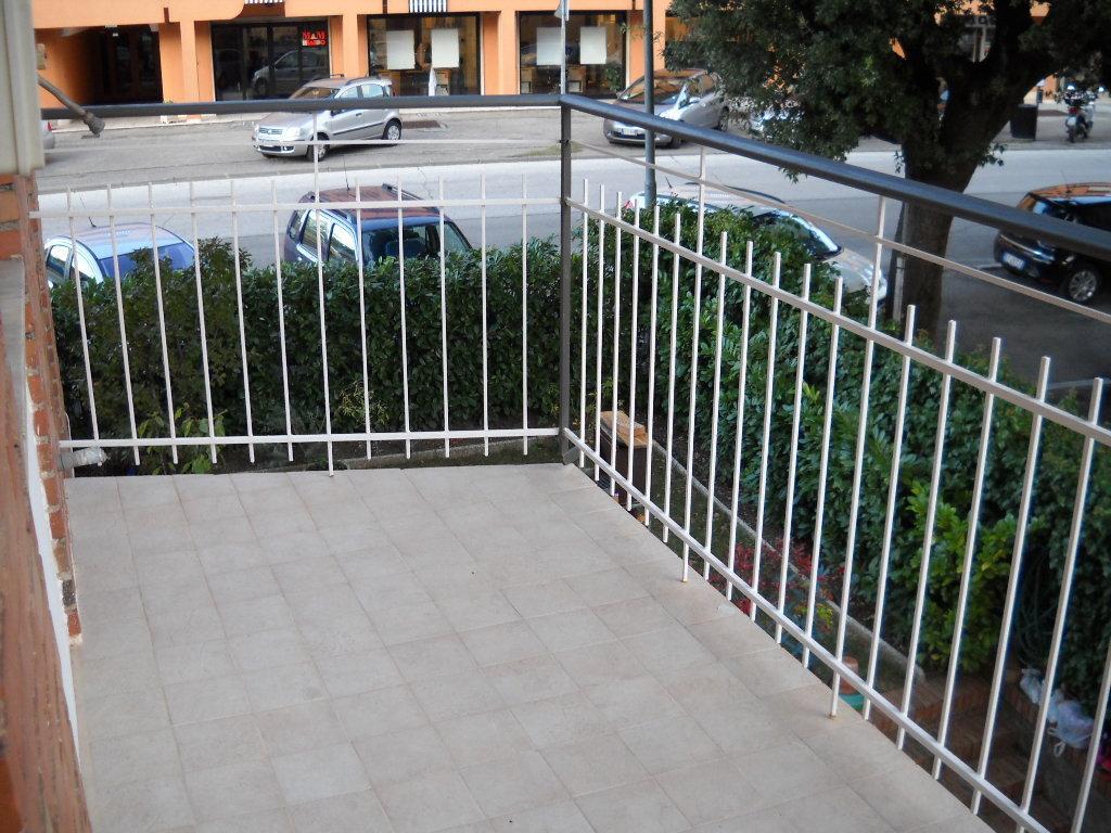 Appartamento trilocale in vendita a Perugia (PG)-11