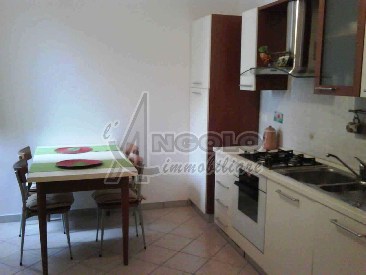 Soluzione Semindipendente in affitto a Canaro, 5 locali, prezzo € 450 | Cambio Casa.it