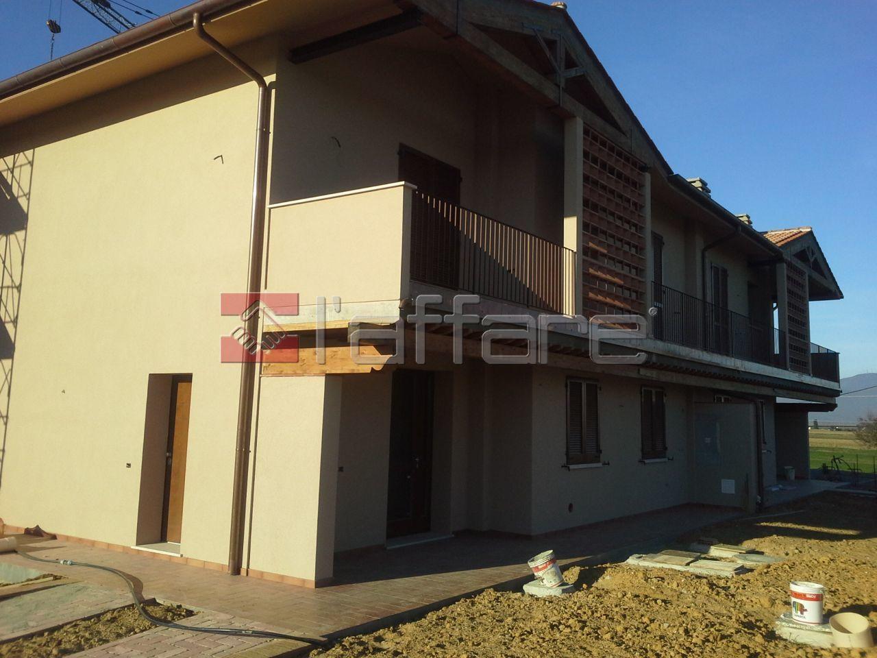 Appartamento in vendita a Fauglia, 4 locali, prezzo € 185.000 | Cambio Casa.it