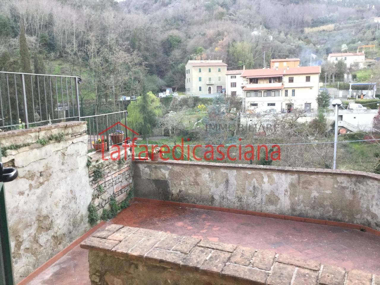 Appartamento in vendita a Chianni, 3 locali, prezzo € 40.000 | Cambio Casa.it