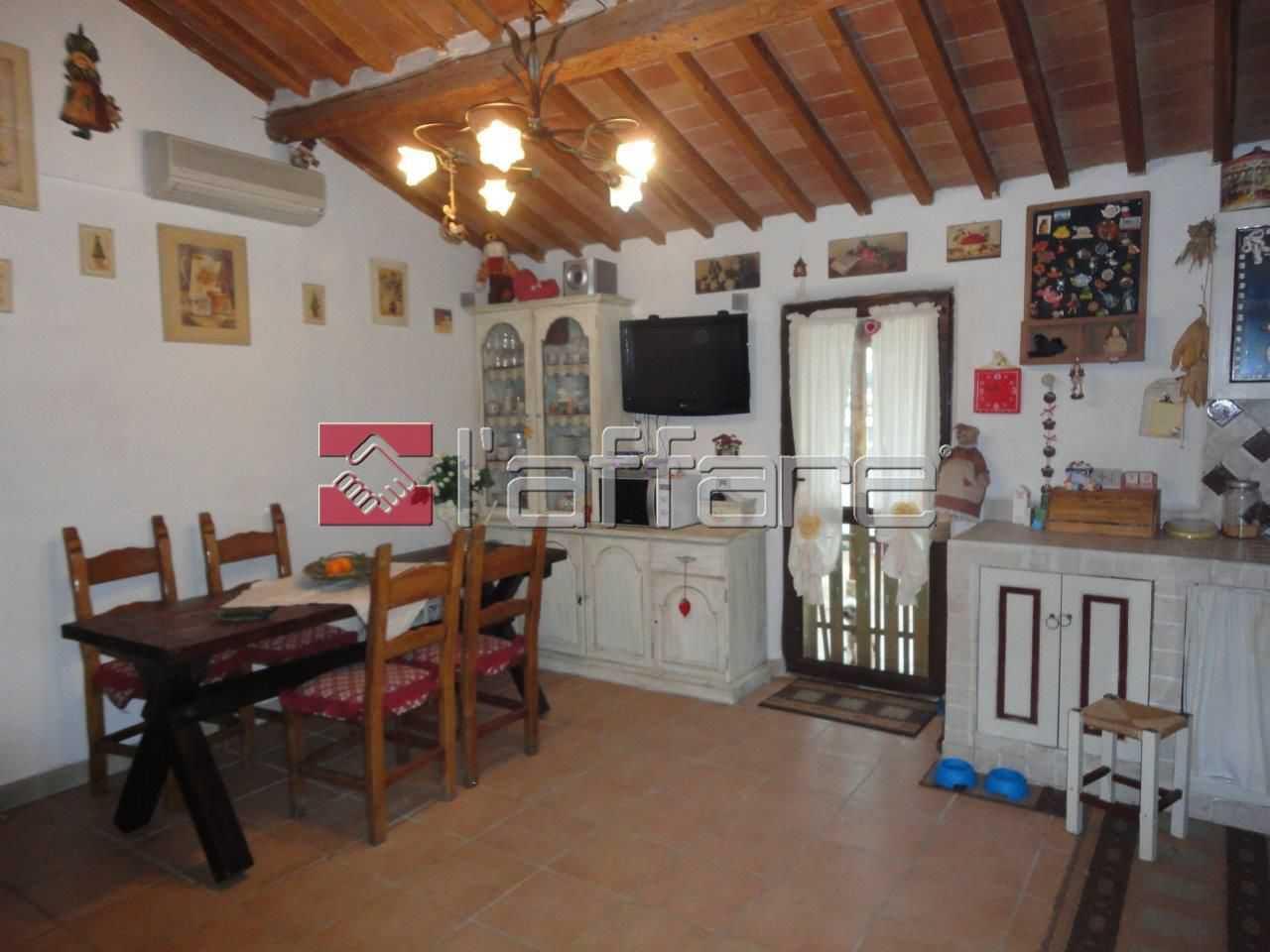 Appartamento in affitto a Crespina Lorenzana, 4 locali, prezzo € 550 | Cambio Casa.it