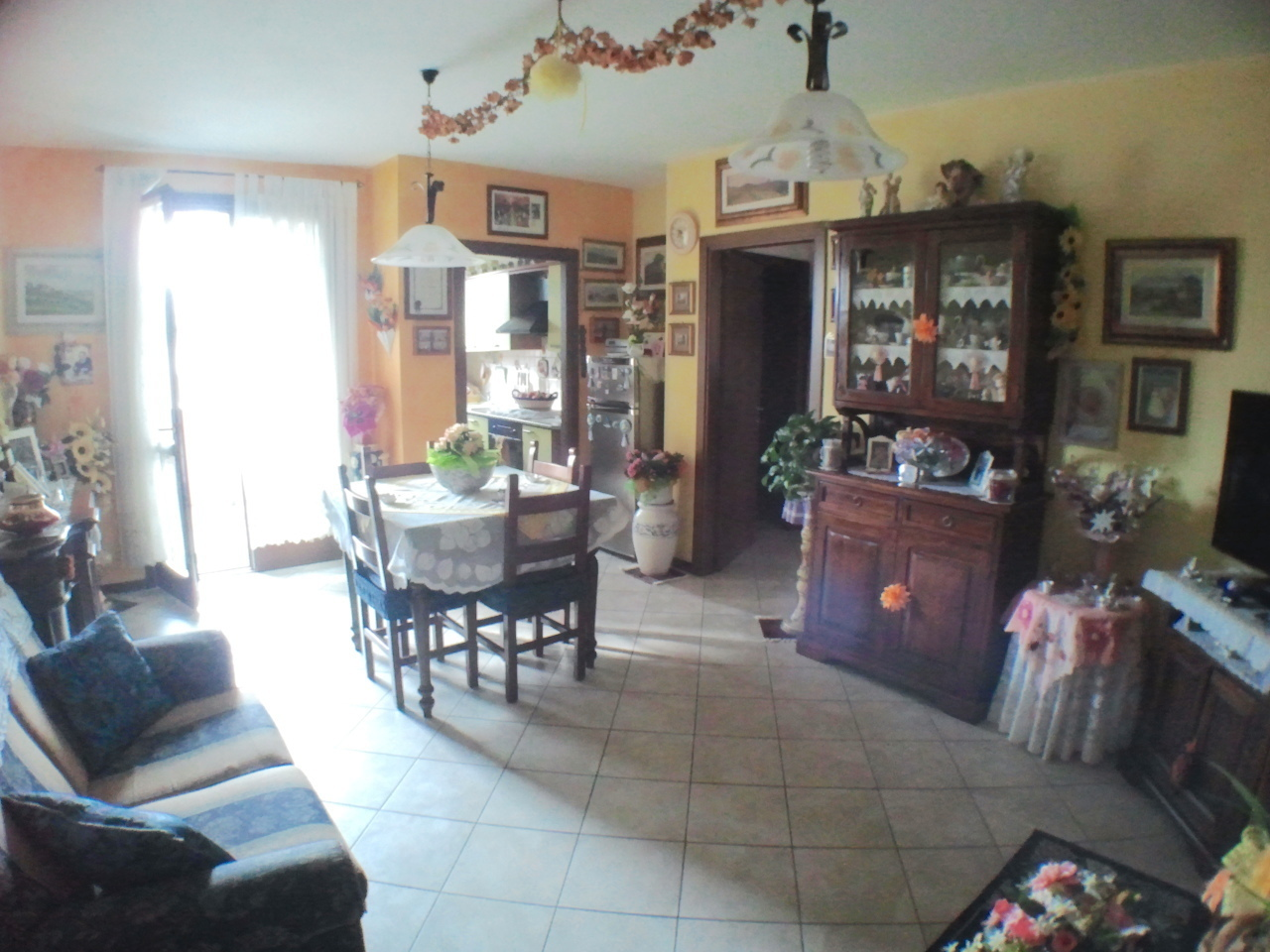 Appartamento in vendita a Ponte Buggianese, 3 locali, prezzo € 110.000   Cambio Casa.it