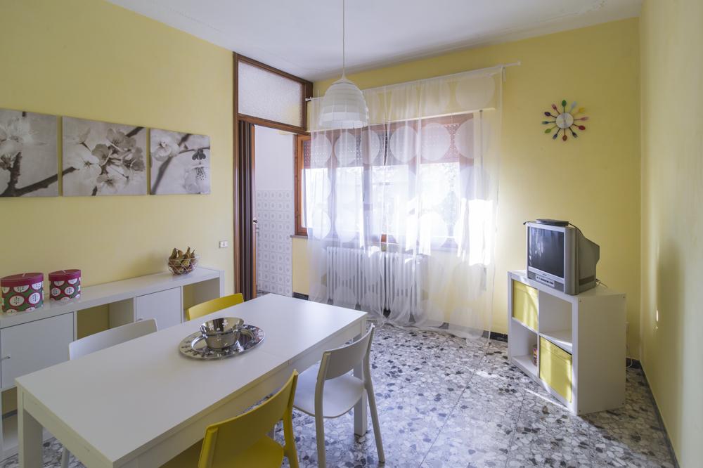 Villa in vendita a Ponte Buggianese, 8 locali, prezzo € 199.000 | Cambio Casa.it