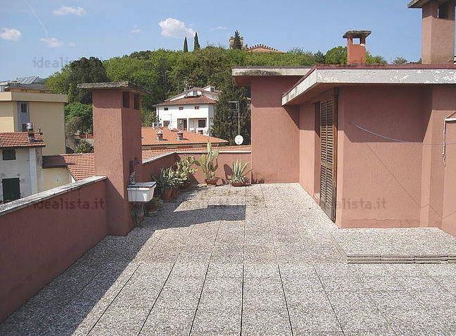 Attico / Mansarda in vendita a Montecatini-Terme, 4 locali, prezzo € 115.000 | Cambio Casa.it