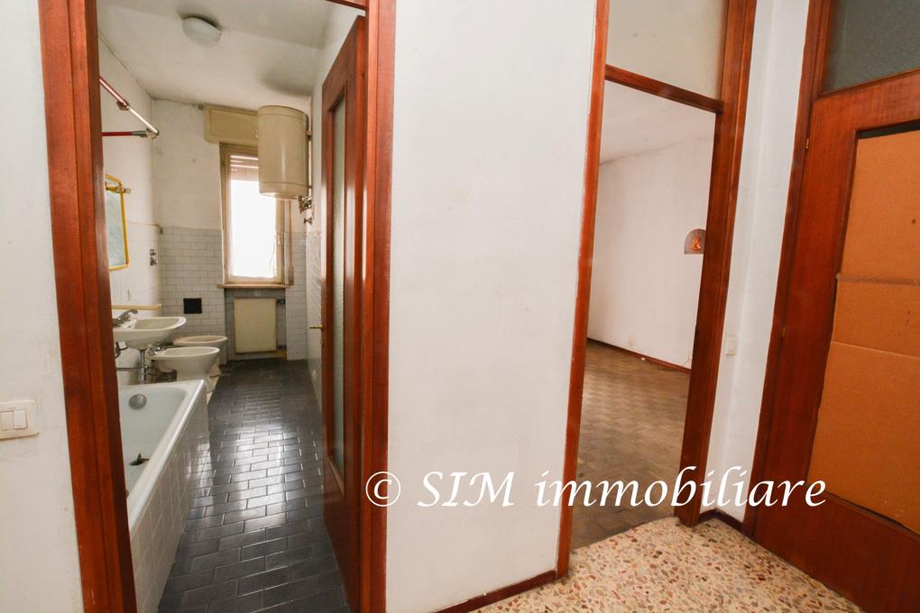 Bilocale Novara Via Andrea Costa Sn 7