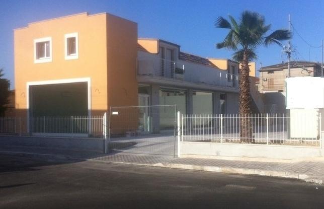 Negozio / Locale in affitto a San Benedetto del Tronto, 1 locali, prezzo € 3.000   Cambio Casa.it
