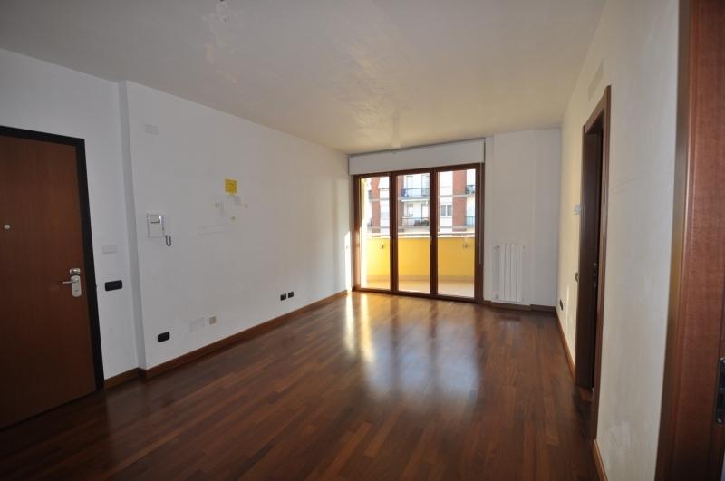 Appartamento in vendita a Milano, 3 locali, prezzo € 295.000 | CambioCasa.it
