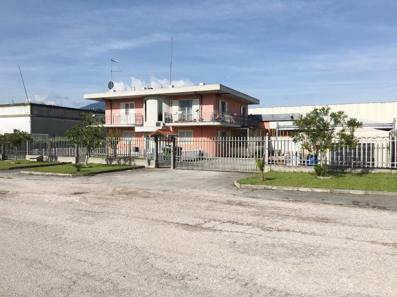 Capannone in Affitto a Ascoli Piceno