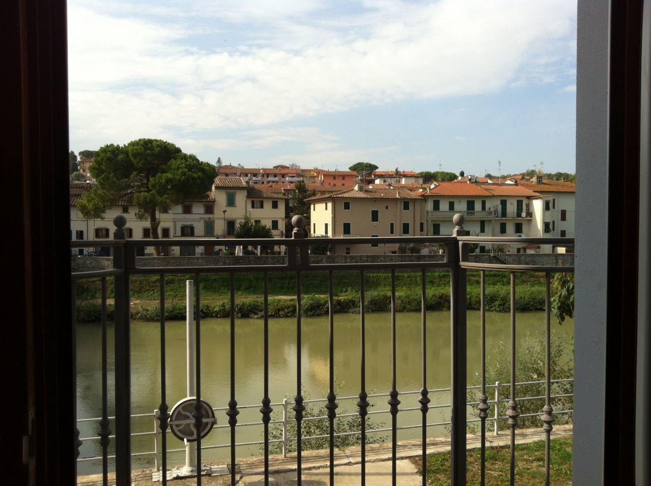 Locale commerciale in affitto RIF. LC14, Empoli (FI)