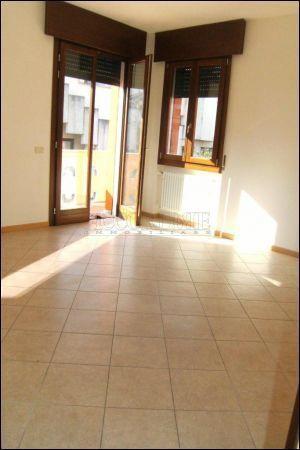 Appartamento in affitto a Villafranca Padovana, 5 locali, prezzo € 550 | Cambio Casa.it