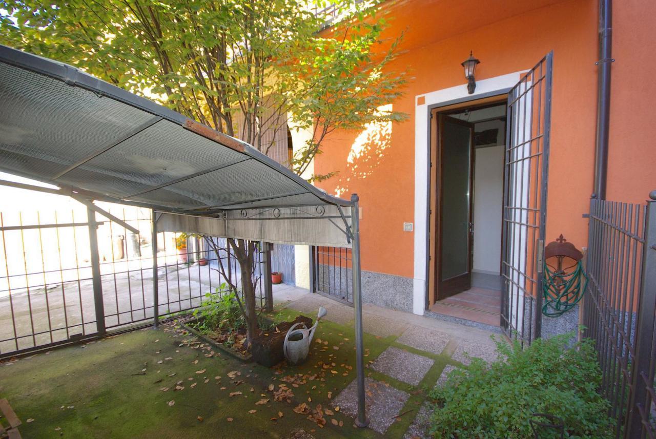 Appartamento in vendita a Limido Comasco, 6 locali, prezzo € 119.000 | CambioCasa.it