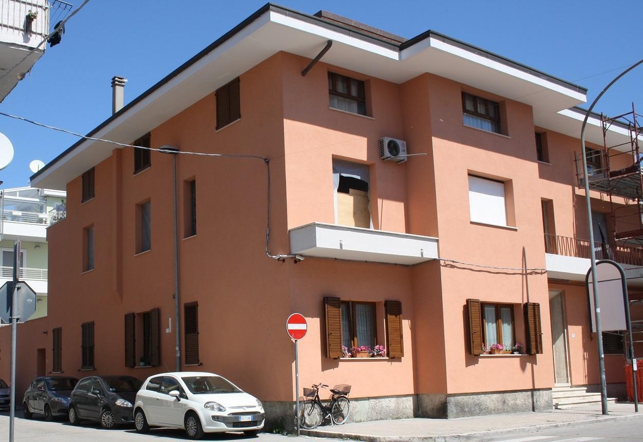 Bilocale San Benedetto del Tronto Via Mare 93 2