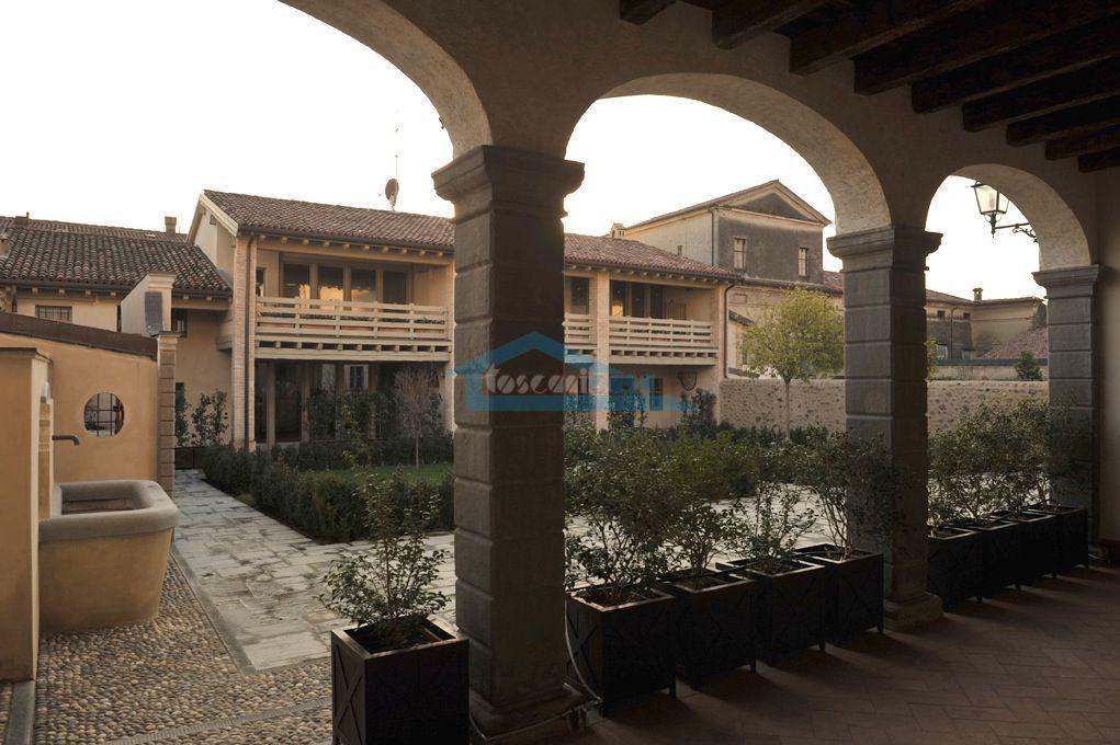 Vista dalla  Neoclassica  Indipendente  a Erbusco