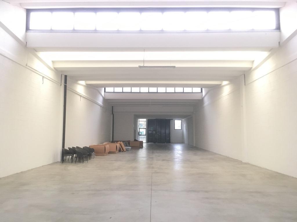 Capannone in vendita a Rovato, 3 locali, prezzo € 279.000 | Cambio Casa.it