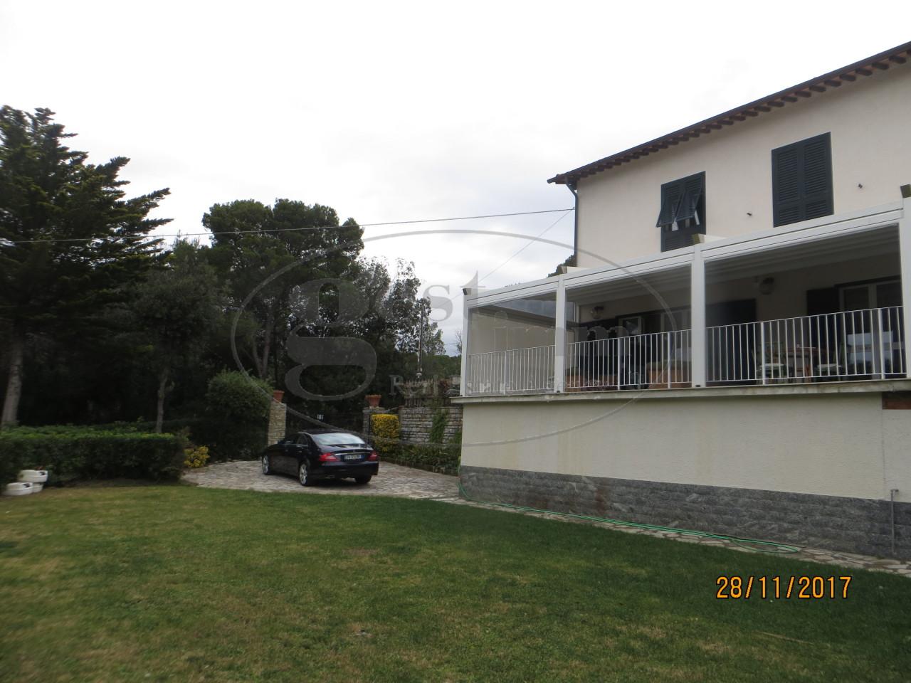 Soluzione Indipendente in vendita a Livorno, 11 locali, prezzo € 1.650.000 | CambioCasa.it