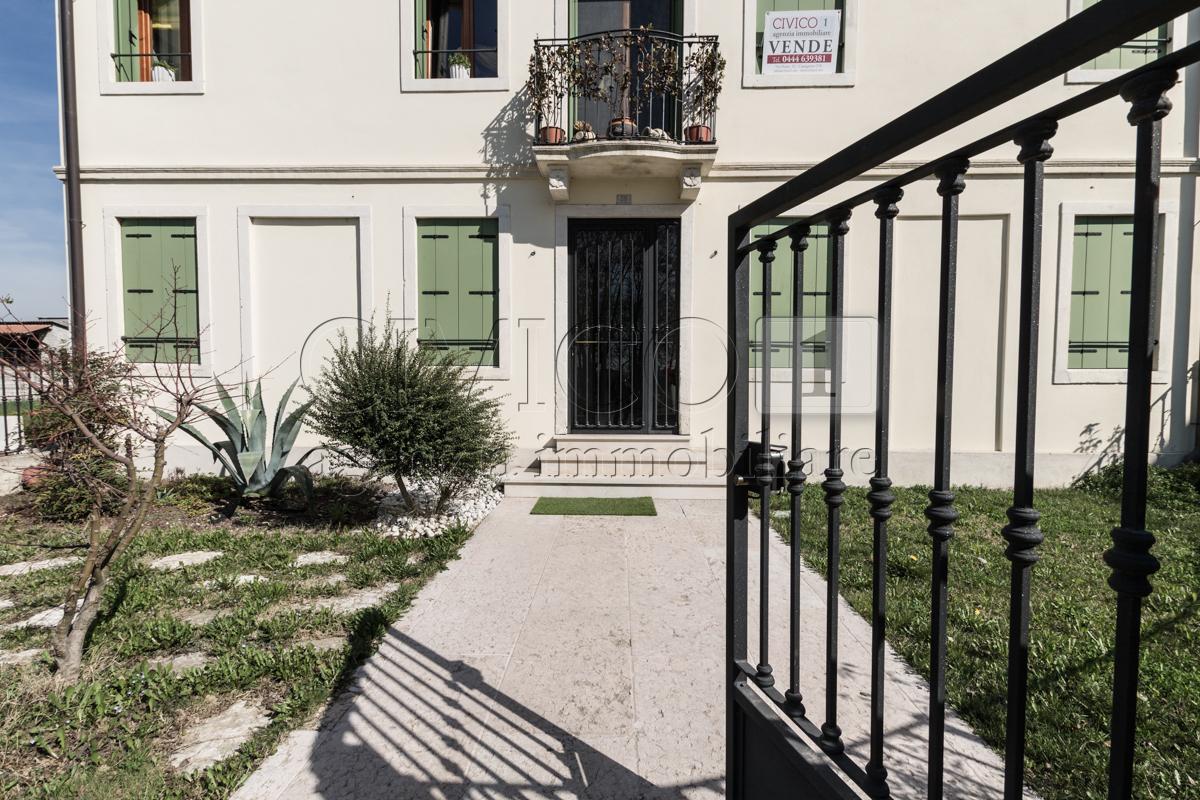Bilocale Montegaldella Via Fontanelle 100 10
