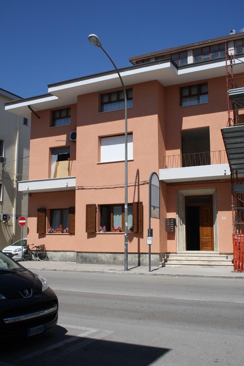 Bilocale San Benedetto del Tronto Via Mare 93 3