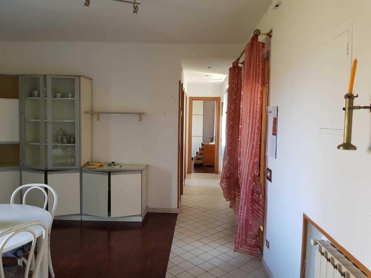 Casa semindipendente in vendita, rif. 2912