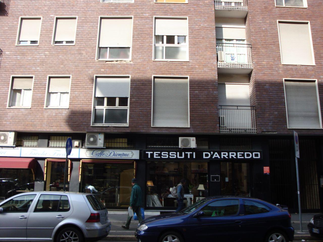 Negozio / Locale in vendita a Milano, 1 locali, prezzo € 250.000 | Cambio Casa.it