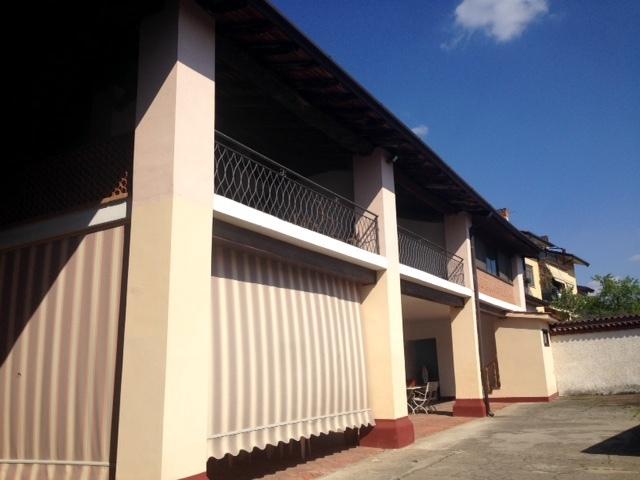 Rustico / Casale in vendita a Rovato, 10 locali, prezzo € 600.000 | Cambio Casa.it