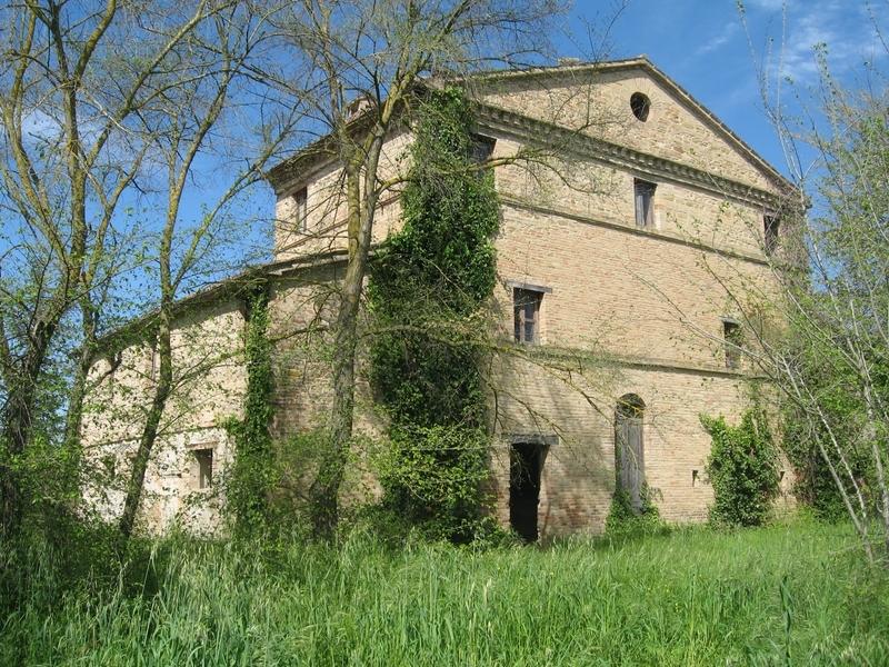 Soluzione Semindipendente in vendita a Treia, 10 locali, prezzo € 150.000 | Cambio Casa.it