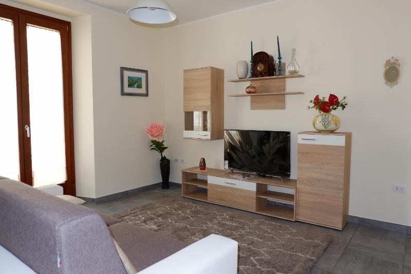 Soluzione Indipendente in affitto a San Benedetto del Tronto, 4 locali, prezzo € 850 | CambioCasa.it
