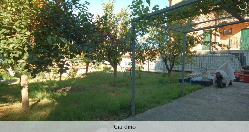 Soluzione Indipendente in vendita a Acquaviva Picena, 9 locali, prezzo € 129.000 | Cambio Casa.it