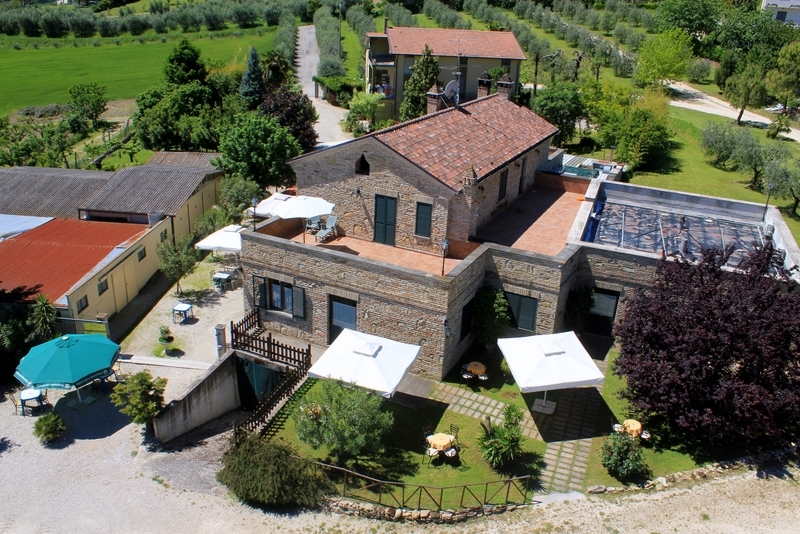 Agriturismo in vendita a Lapedona, 10 locali, prezzo € 1.200.000 | Cambio Casa.it