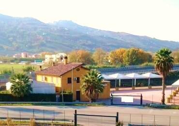 Negozio / Locale in vendita a Monteprandone, 6 locali, prezzo € 815.000 | CambioCasa.it