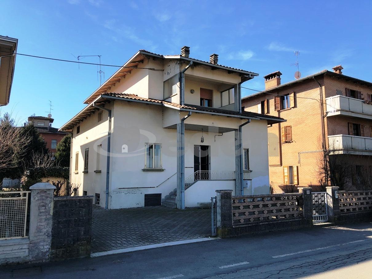 Foto 1 di Villa Corso Libertà  207, San Cesario Sul Panaro