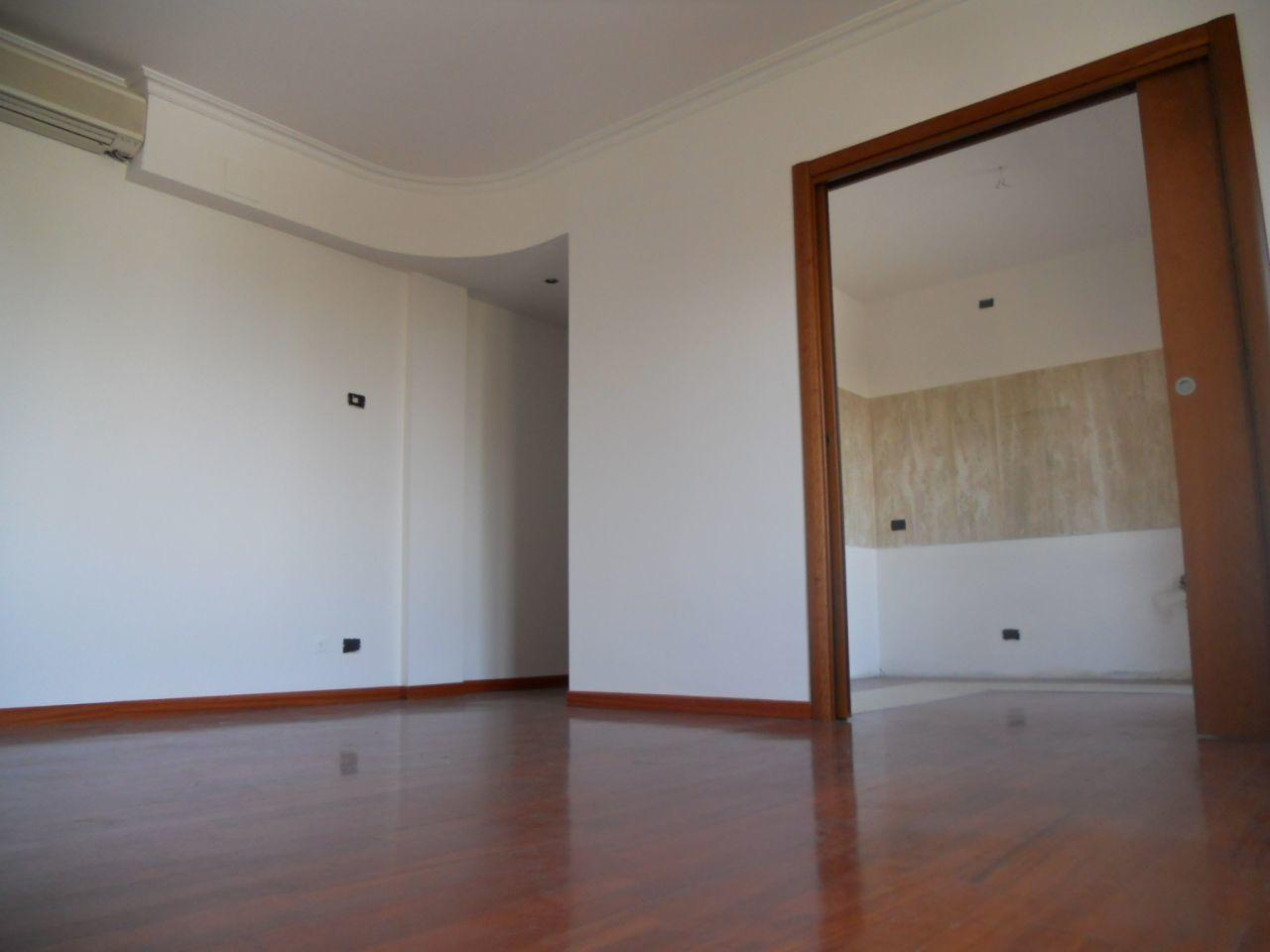 Appartamento in vendita a Castrezzato, 4 locali, prezzo € 115.000   Cambio Casa.it