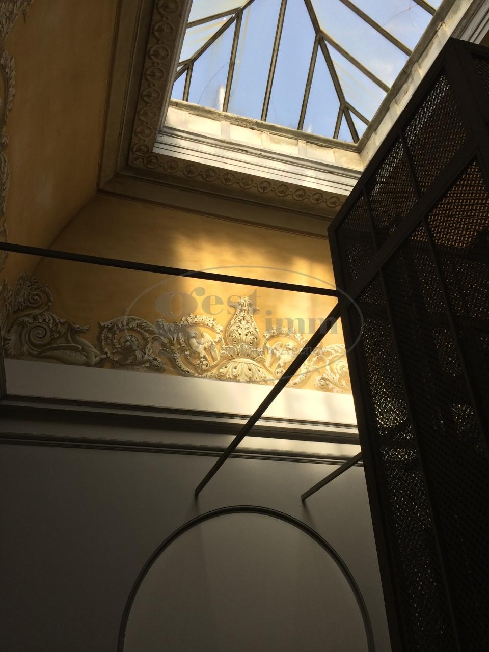 Appartamento in vendita a Livorno, 5 locali, prezzo € 165.000 | CambioCasa.it