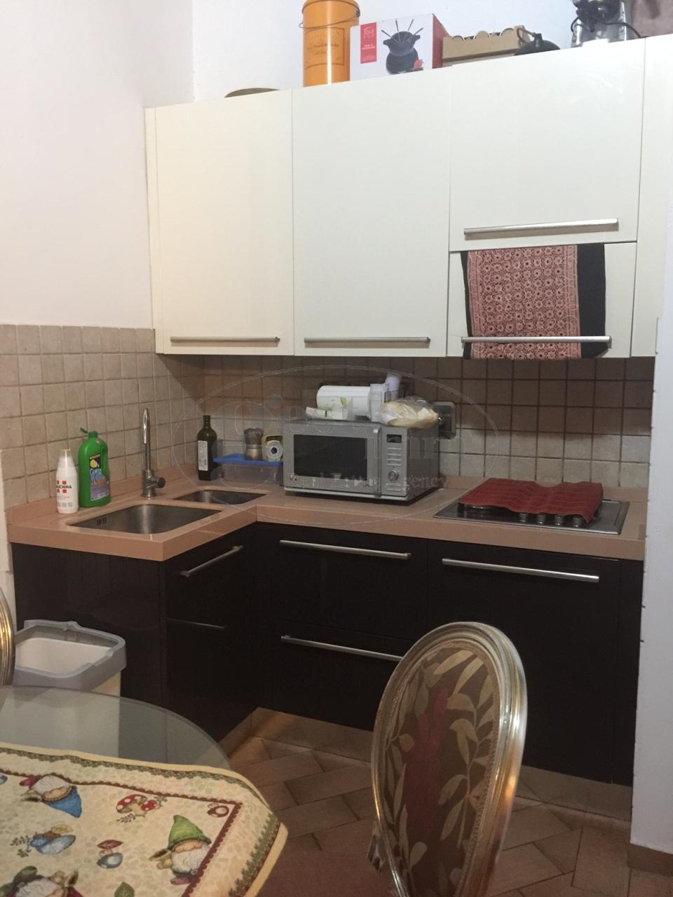Appartamento in vendita a Livorno, 2 locali, prezzo € 105.000 | CambioCasa.it